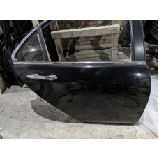 Дверь задняя правая Хонда Аккорд 7 черного цвета