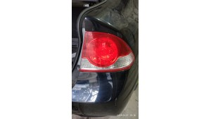 Фонарь правый в крыле Honda Civic 4D