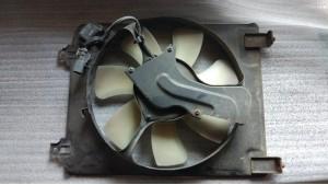 Вентилятор охлаждения кондиционера правый Honda Civic 4D