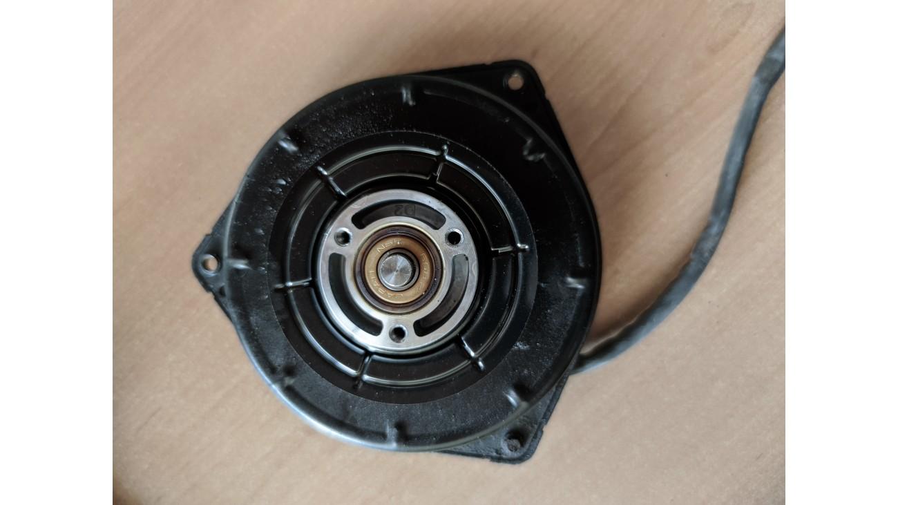 Мотор вентилятора кондиционера Honda Civic